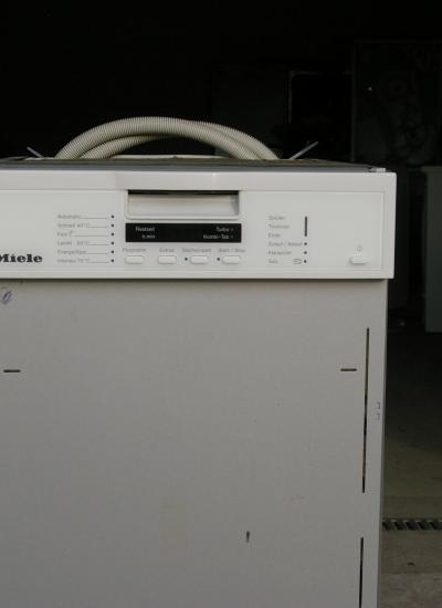 Miele mosogatógép G 1202  8 terítékes (45cm)